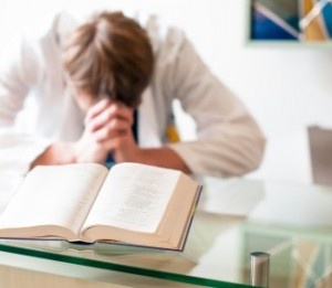 Gebet im Raum der Stille